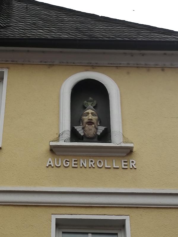 1512_augenroller